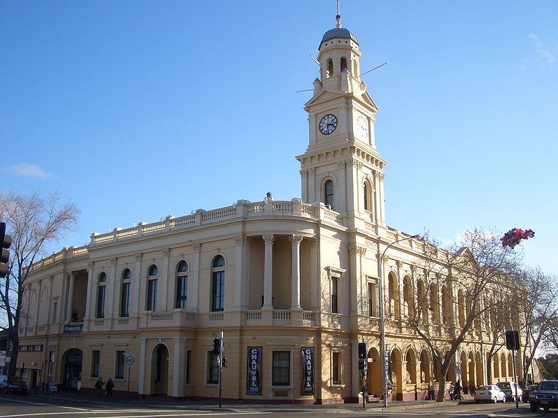 800px-Paddington_Town_Hall
