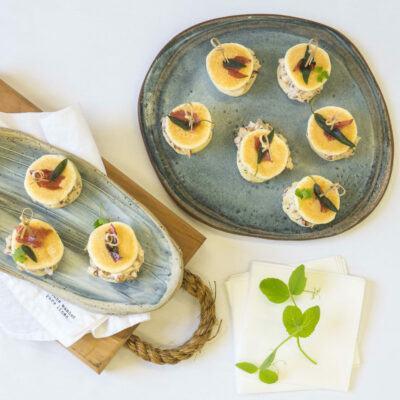 Chicken saltimbocca blini slider, prosciutto & sage crisp