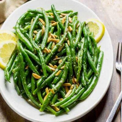 Green beans & almonds