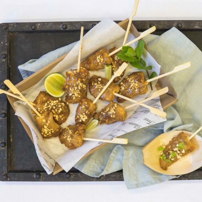 Satay chicken skewer, lime peanut sauce