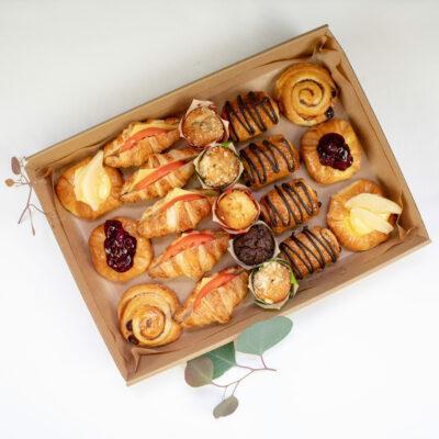 The sweet & savoury bakery box