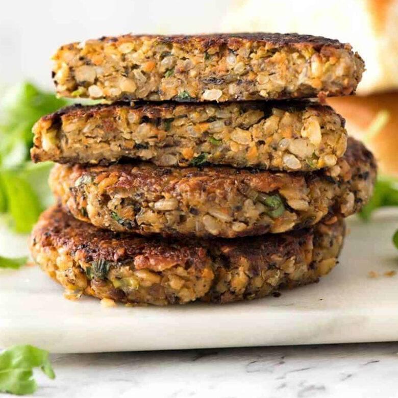 Quinoa & mushroom burger patty