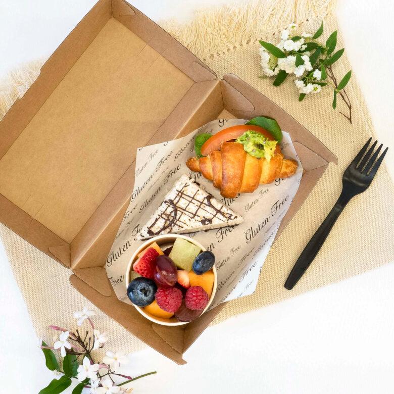 Vegan & gluten free breakfast box