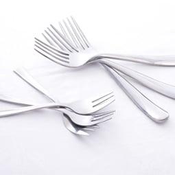 Cutlery & crockery