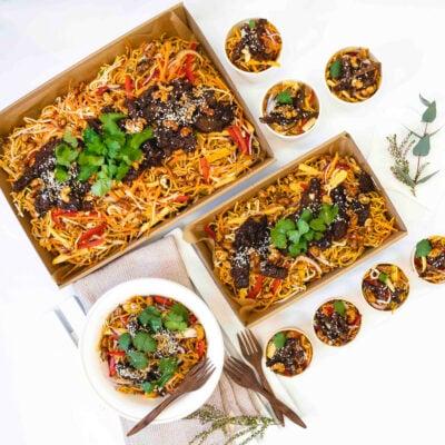 Teriyaki Beef, hokkien noodle & vegetable salad, coriander, soy cashews, sesame & hoisin dressing